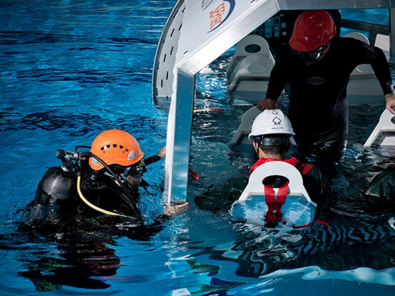 FULLY EXERCISE POOL FOR OFFSHORE AND MARITIME TRAINING